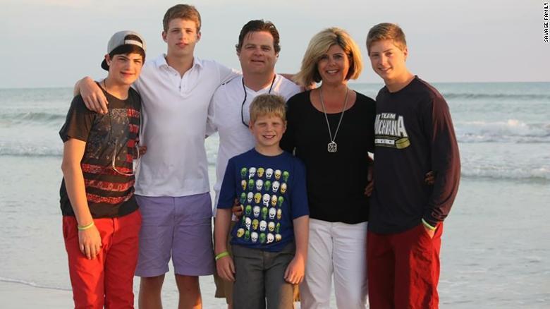 180415125537-savage-family-beach-photo-exlarge-169.jpg